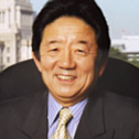 島田 晴雄