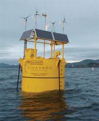 海洋エネルギー業界は多数の小さな新興企業で占められている。そのため、情報が共有されず、「既にあるものを作ってしまう」。小規模企業には、自らの海洋技術装置を市場に送り出す十分な資金がないことが多い (©AP Images)